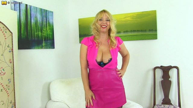 Big breasted British mature Lucy Gresty getting herself wet