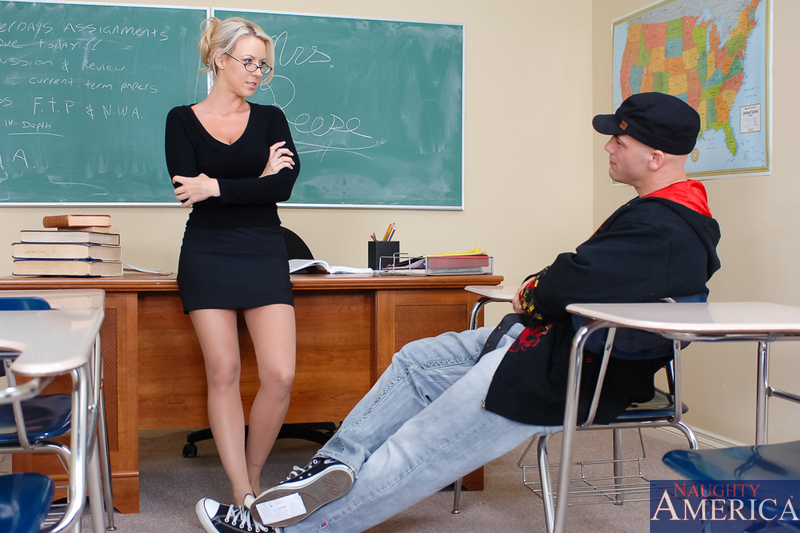 Blonde pantyhosed teacher Carolyn Reese offers hard fucking instead of hard studying