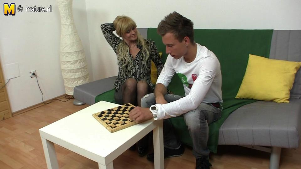 Horny nylon clad mature wants to fuck instead of playing draughts
