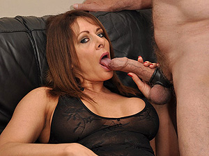 British Milf Carly Creampied