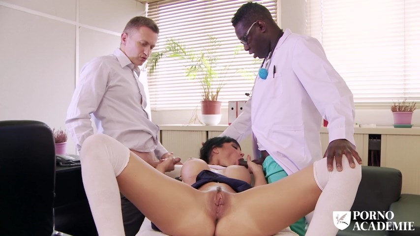 Hot school girl Valentina Ricci enjoys hot MMF threesome in doctor\'s office