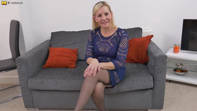 British blonde mom Kate Aveiro fingers her cunt stripping to nylons and garters