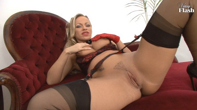 Taylor Morgan - solo, milf, United Kingdom, blonde, big boobs, stockings, high heels, pussy, masturbation, VintageFlash