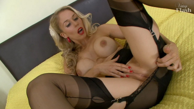 Jamie Brooks - solo, milf, blonde, busty, United Kingdom, pussy, dildo, stockings, VintageFlash
