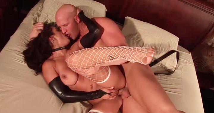Corseted sexpot in white net stockings gets worshipped for a fuck