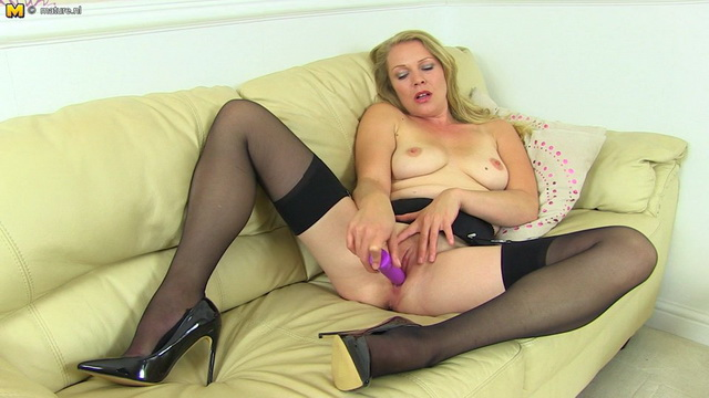 Hot British MILF Abigail Toyne playing with her wet pussy