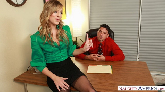 Slim-legged Jillian Janson in popping out stockings seduces her boss into a hardcore office affair
