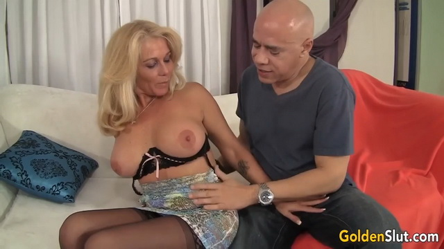 Busty Canadian granny Crystal Taylor jumps on a cock in her lacy undies & nylons