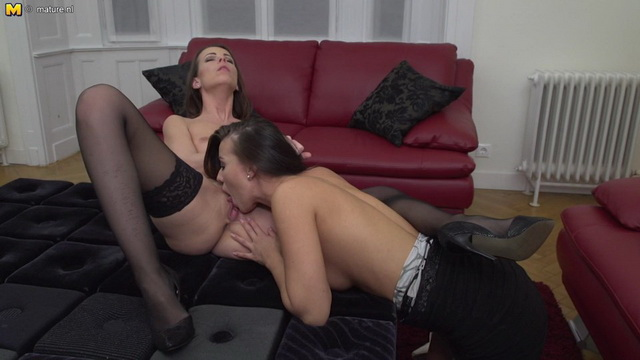 Two horny housewives Caroline Ardolino and Vicky Love go full lesbian