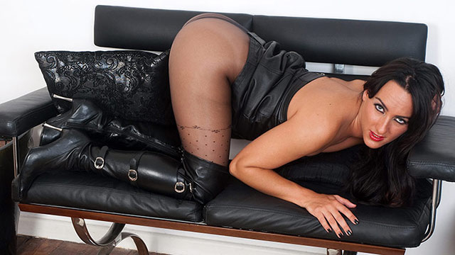 Tantalizing brunette Chloe Lovette in sexy high boots rips her patterned pantyhose