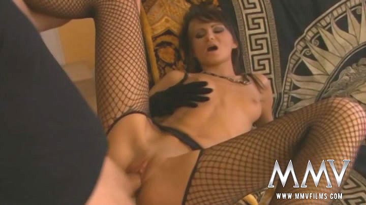 Mia Moon gets dicked in her black fishnets and gloves