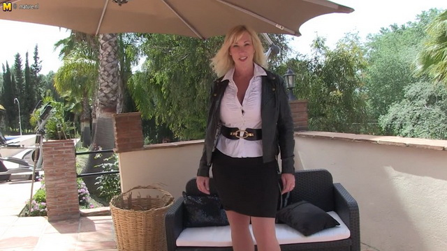Mature Brit Melody Charm shows off her curves in sexy lingerie & nylons outdoors