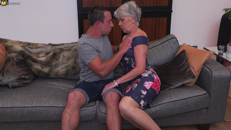Older Lady Sextasy strips to her sleek tan nylons for good old doggy & missionary