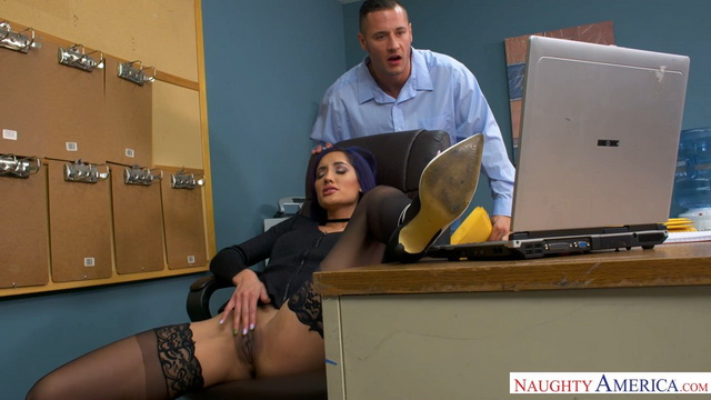 Overworked and underfucked Chloe Amour jumps onto the intern's cock in her stockings and heels