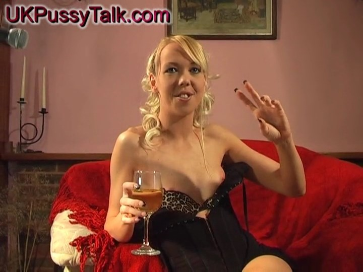 Australian blonde Alysha Leigh gives interview for UK Pussy Talk