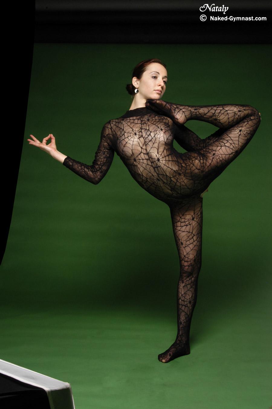 Extreme Flexy Naked 112