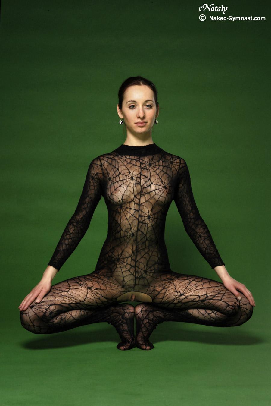 Extreme Flexy Naked 2