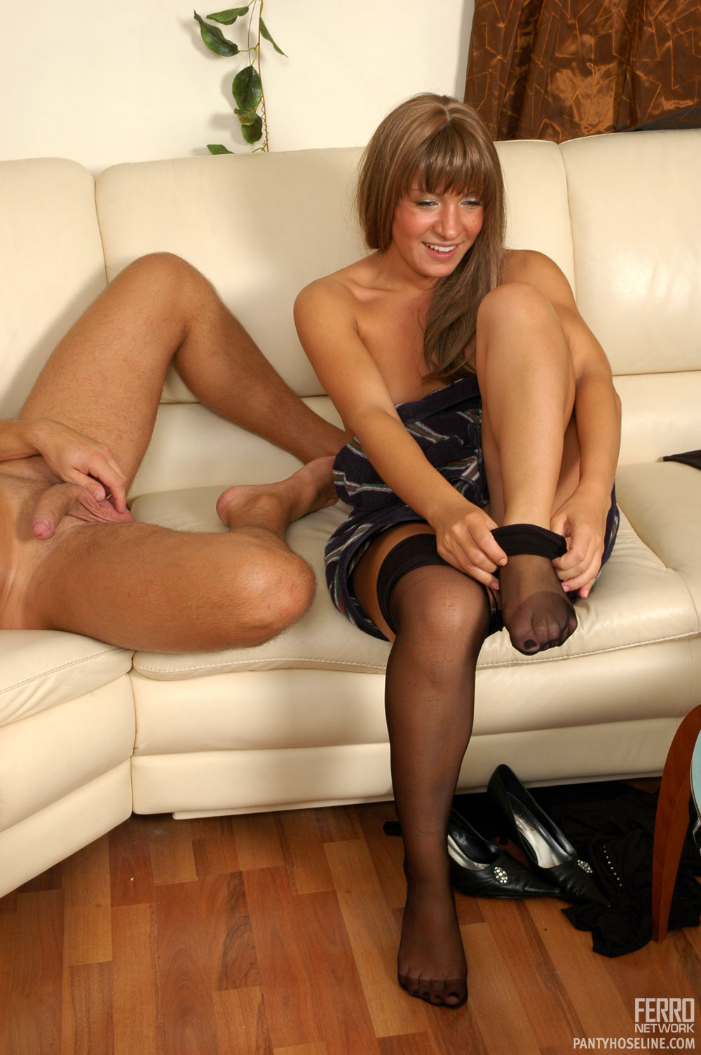 Understood not Between the nude legs hot womens pic